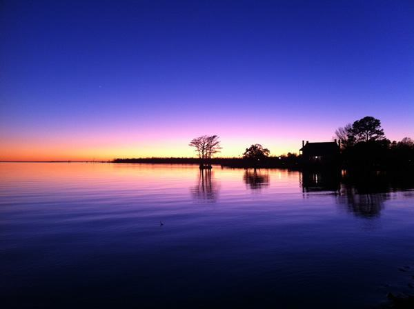 Thanksgiving Twilight, Edenton, NC (photo by Harris Vaughan)
