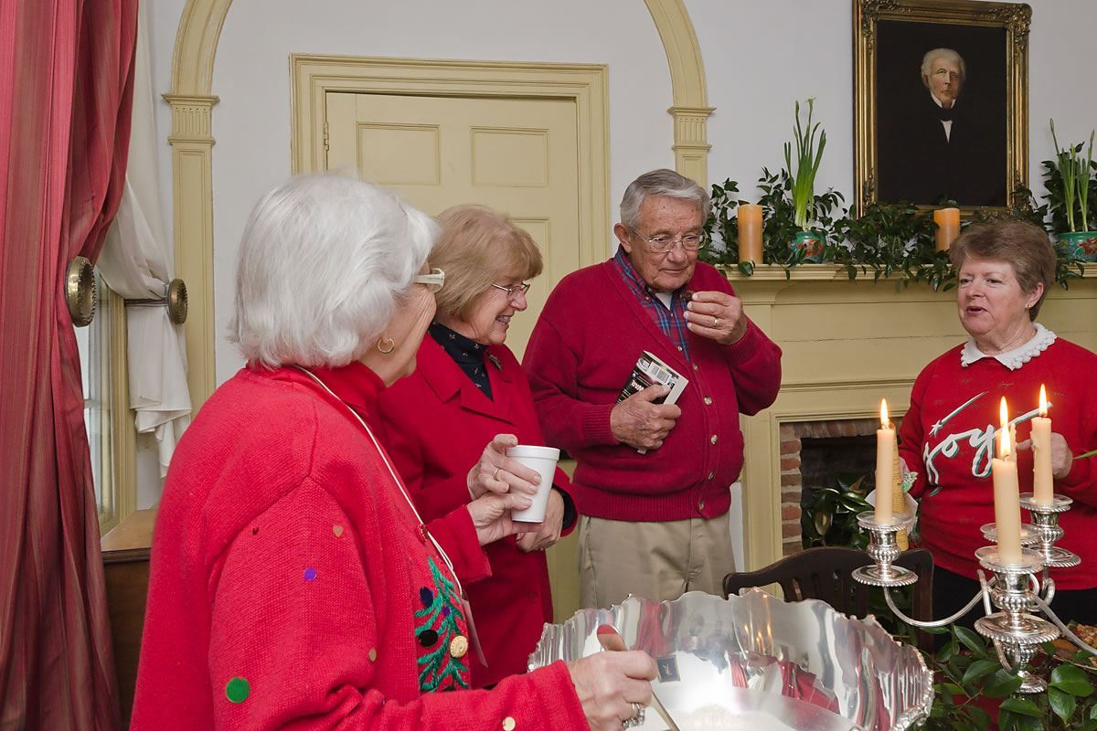 Holiday treats at the Iredell House, Edenton, North Carolina (Photo by Kip Shaw)