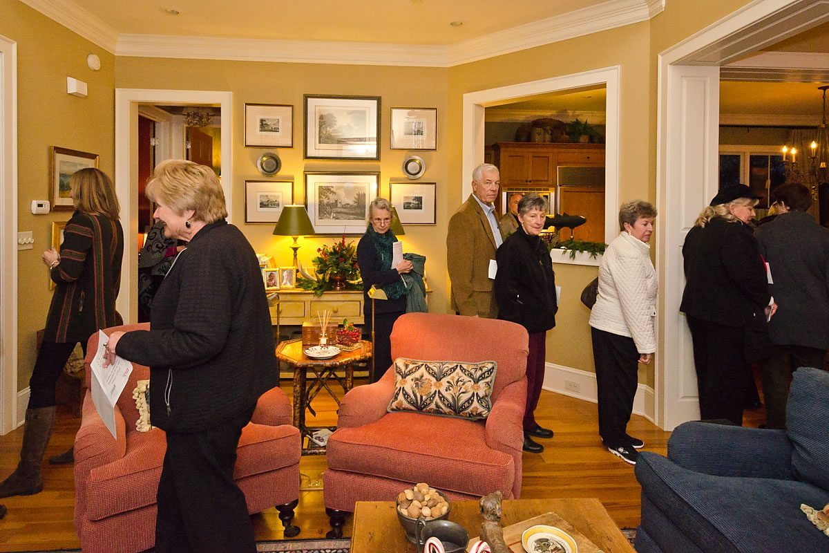 Visitors in one of the Tour homes, Edenton, North Carolina (Photo by Kip Shaw)
